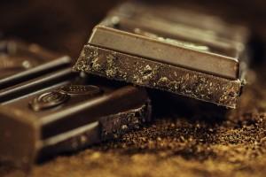 Mmmh, Schokolade. Ich liebe sie. Habe aber auf dunkle Schokolade umgestellt und esse seither automatisch weniger davon.