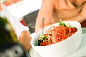 Eine ausgewogene Ernährung ist auch während des Taperings wichtig.