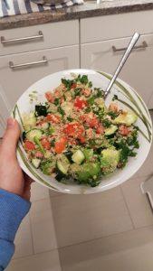 Richtig fasten mit Entlastungstag: Der Quinoa Salat am Abend des ersten Tages meiner Fastenwoche war super lecker. :-)