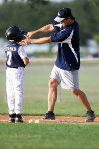 Kindliche Bewegungsmotivation fördern, durch ein gutes Lernklima, die richtige Aufgabenstellung und eine sinnvolle Leistungsbeurteilung.