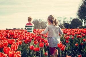 Welche Bewegung mit Kindern Sinn macht, ist auch abhängig von ihrem Entwicklungsstadium.