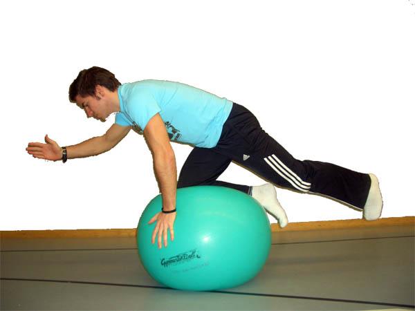 Gymnastikball Übungen - Balance Übung