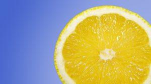 Um Fast Food verstoffwechseln zu können, benötigt dein Körper viele Antioxidantien. Der prominenteste Vertreter: Vitamin C.