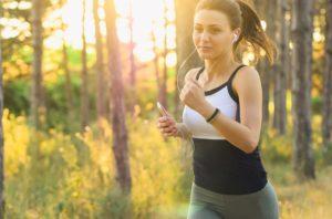 Lass deinen inneren Schweinehund keine Ausreden erfinden und such dir einen Sport, der dir Spaß macht.